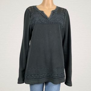 Lucky Gray Crochet Open Work Thermal V-neck Shirt